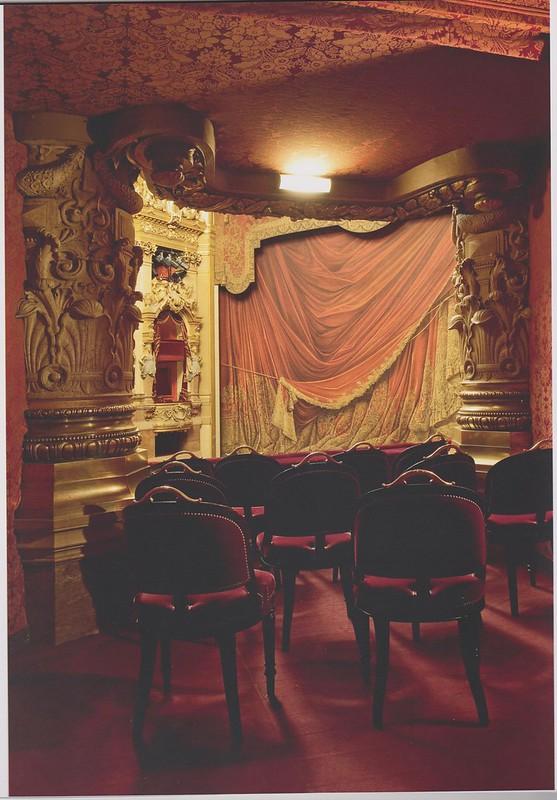 Le Palais Garnier - Page 2 32152230101_f5fcba2b20_c