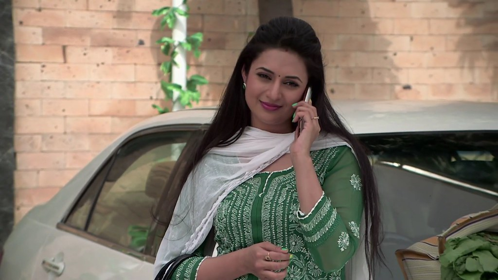Yeh Hai Mohabbatein 29th September 2017 full Episode