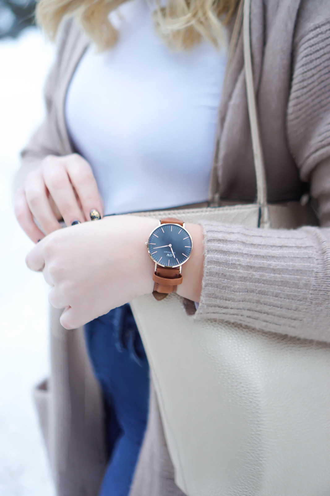 Daniel Wellington Classic Black Watch Camel Sweater