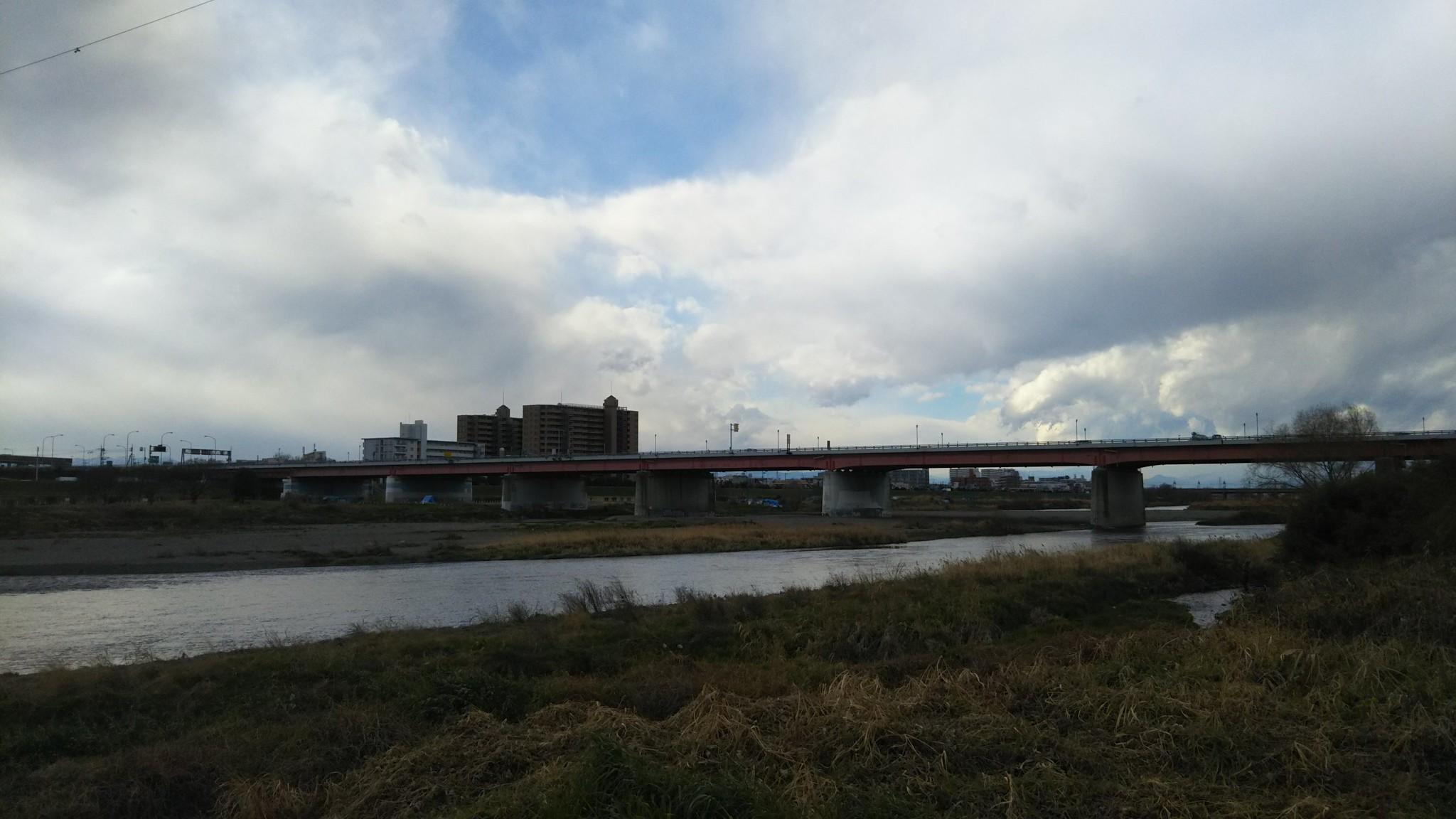 多摩川と第三京浜
