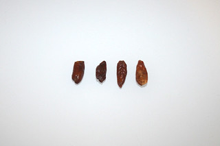 05 - Zutat getrockenete Chilis / Ingredient dried chilis