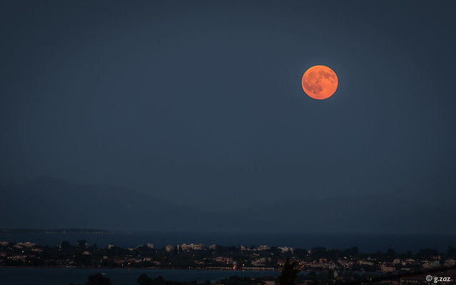 Full-moon, red-moon (explored 14/12/2016)