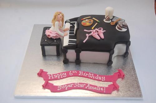 Amelies Piano Cake Beautiful Birthday Cakes