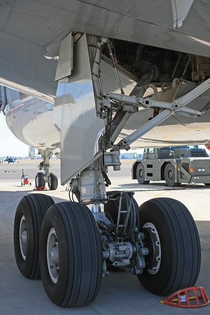 KC-767 87-3601 主脚