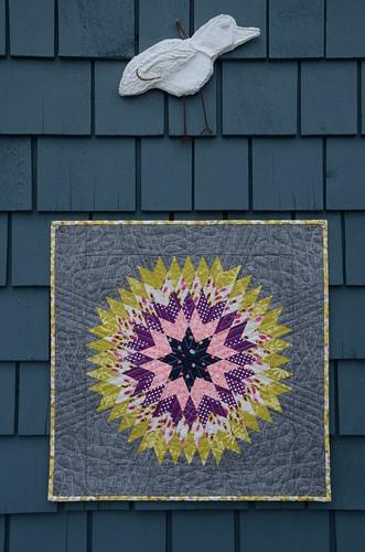 Lonestar Circle mini by Poppyprint