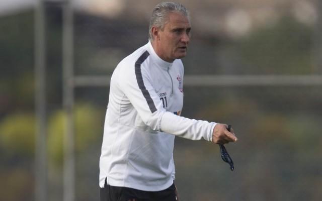 """Tite elogia Corinthians em nova vit�ria, mas avisa: """"Temos muito a crescer"""""""