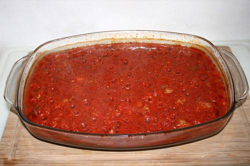 58 - Auflaufform aus Ofen entnehmen / Take casserole from oven