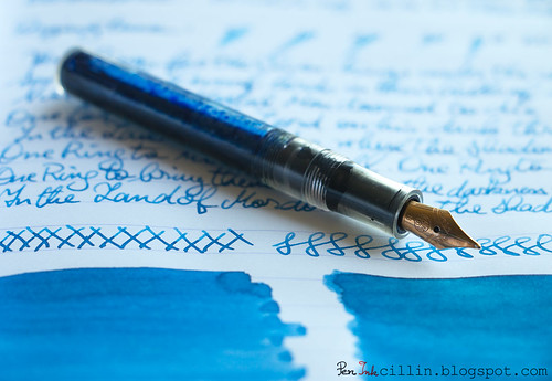Diamine China Blue shading