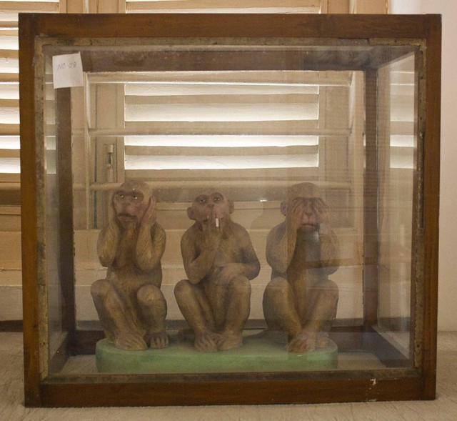 Three Wise Monkey of Mahatma Gandhi - Hyderi Manzil or Gandhi Bhawan - Kolkata, India