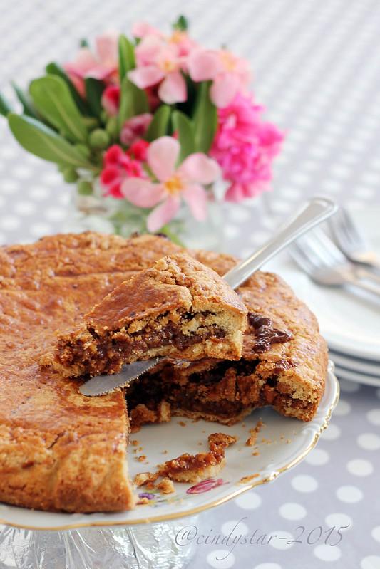 st. moritz nut cake