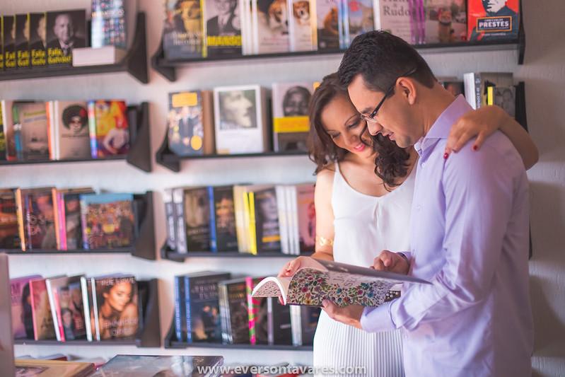 Patricia-e-Marcos-pré-wedding-livraria-por-Everson-Tavares-9386