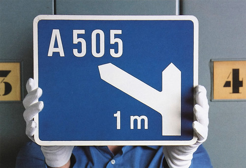 WEB34_roadsigns_2