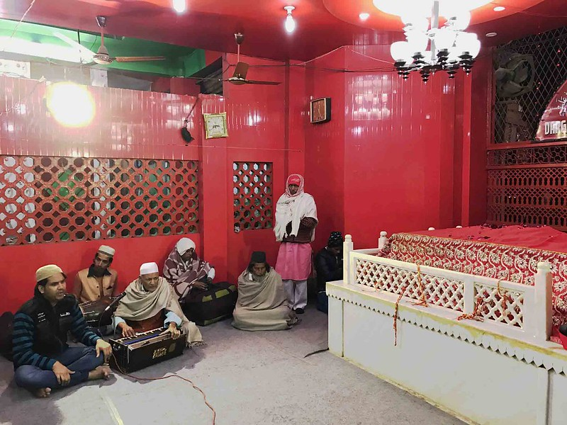 City Moment - The Homeless Person Sleeping Through Sufi Songs, Hazrat Sarmad Shahid's Dargah