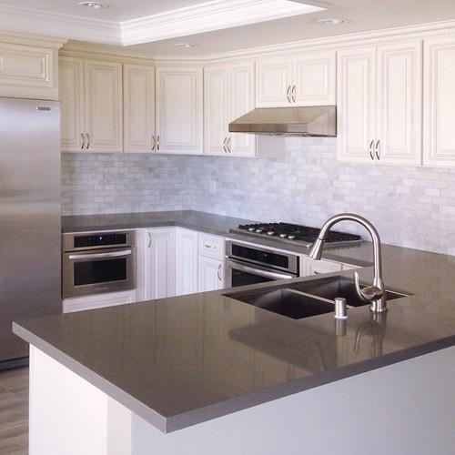 Kitchen Countertops El Monte Ca: U-shaped Kitchen With Antique White Cabinets, Grey Quartz