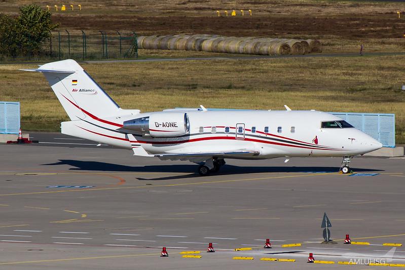 Air Alliance Express - CL60 - D-AONE (1)
