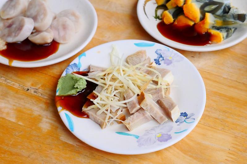 31508628353 6bc4e8c8d5 c - 小林雞肉飯:天天午晚餐客滿排隊 招標虱目魚魚肚丸湯好吃必點!