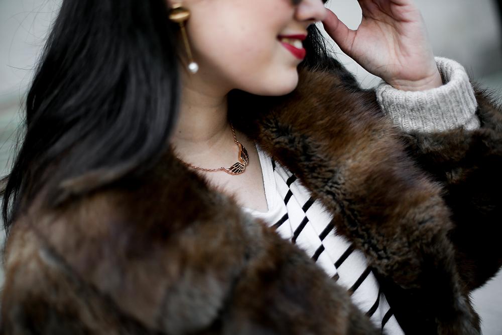 vintage-fur-coat-saucony-sneakers-look-myblueberrynightsblog4
