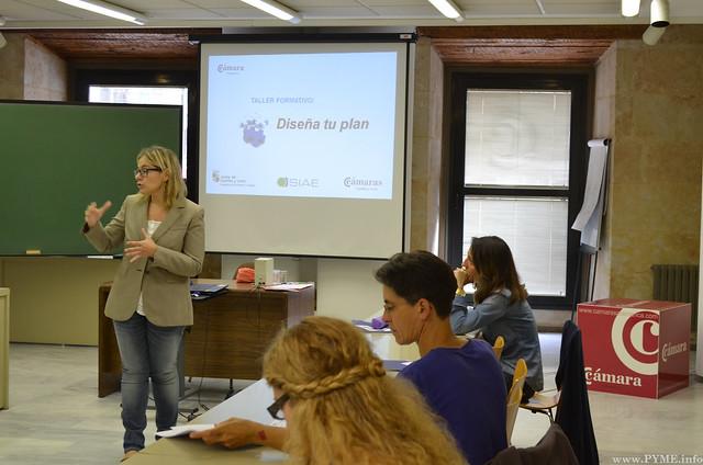 Momento de explicación en el seminario 'Diseña tu plan'