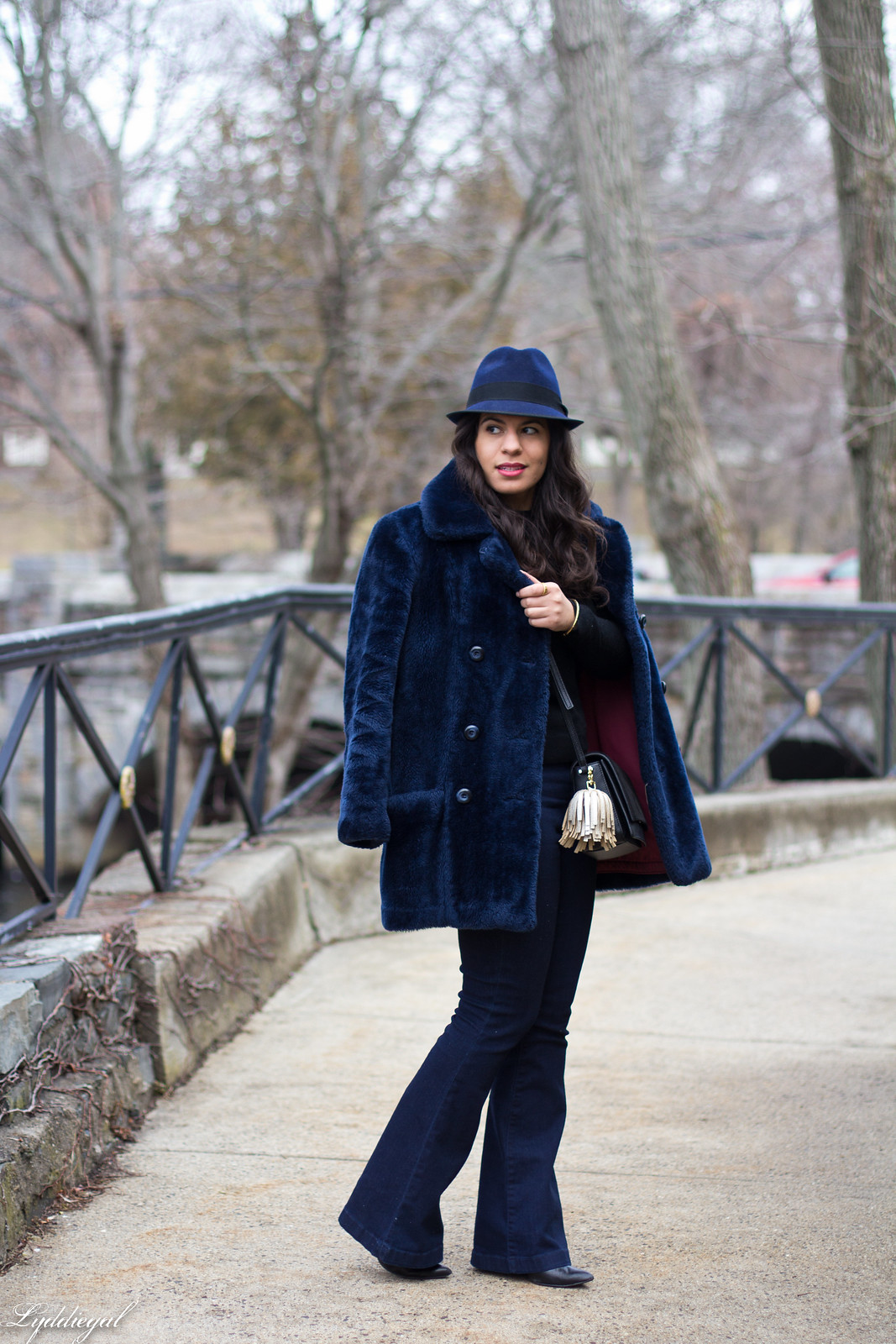 navy fur coat, black sweater, flared jeans, fedora-1.jpg