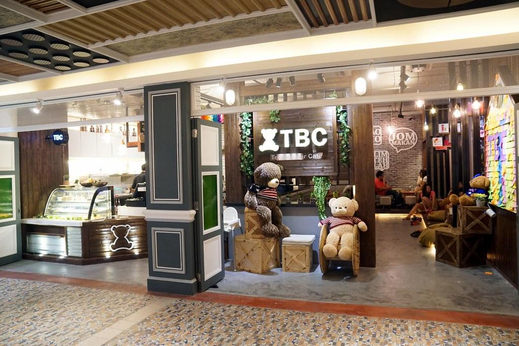 terminal pahlawan melaka - shopping -010