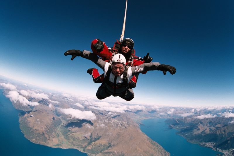 what to do in queenstown nzone skydiving queenstown