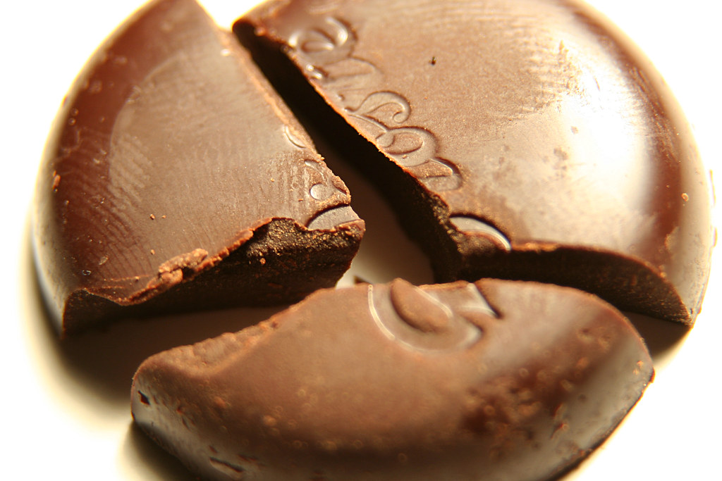 Chocolate Finger And Malteriser Cake