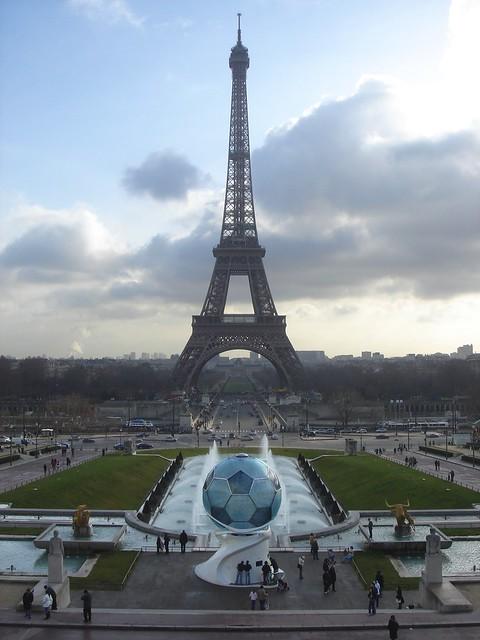Eiffel Tower Ice Cream Cakes