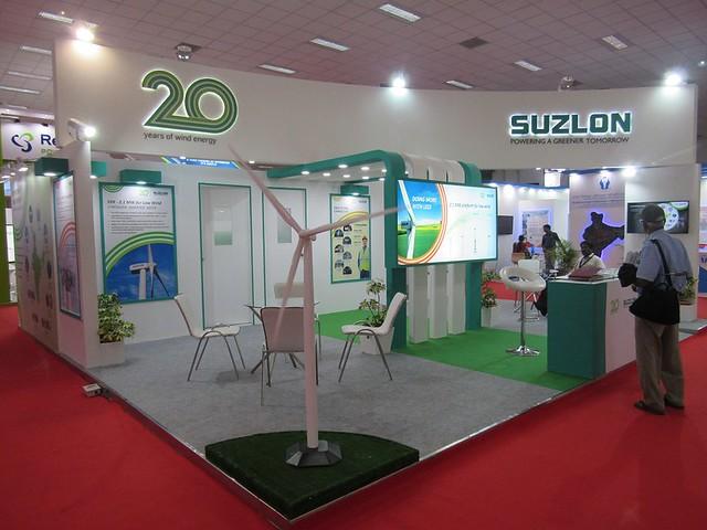 R-Coimbatore-2015-Wind-Energy-Exhibition-Suzlon