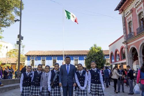 Se conmemora en Huauchinango el Día de la Bandera
