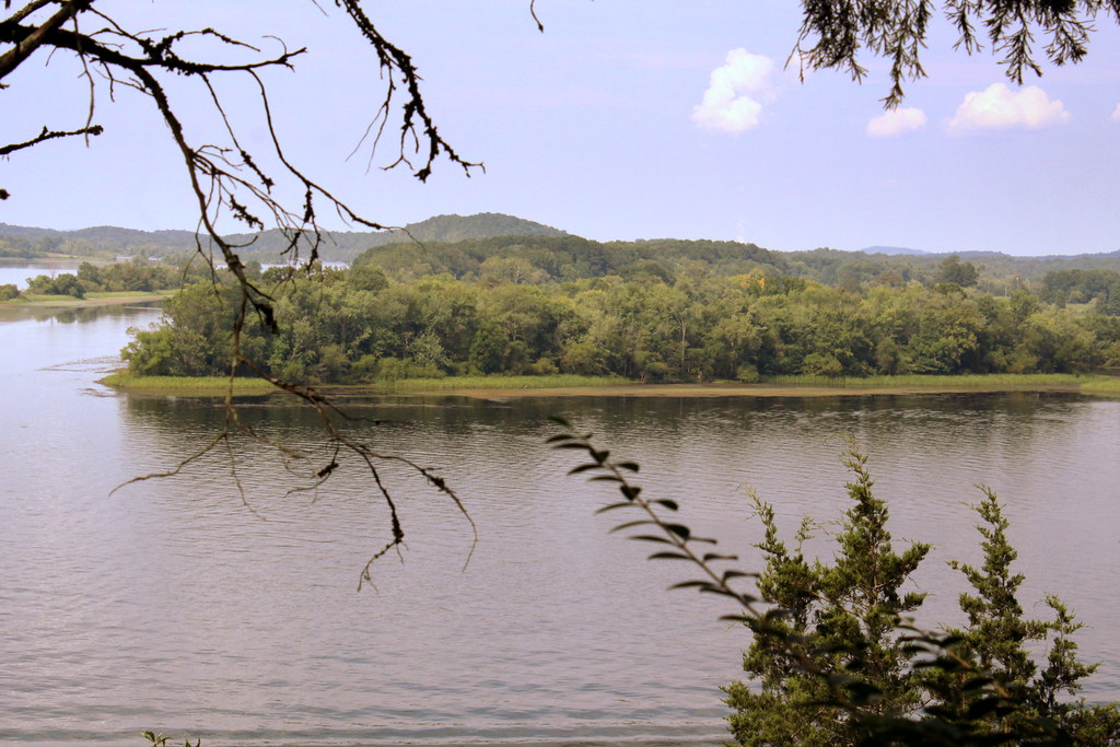 hiwassee dating The john c campbell folk school is well-known and a very special place in the mountains for north carolina  hiwassee lake is  the oldest doll dating .