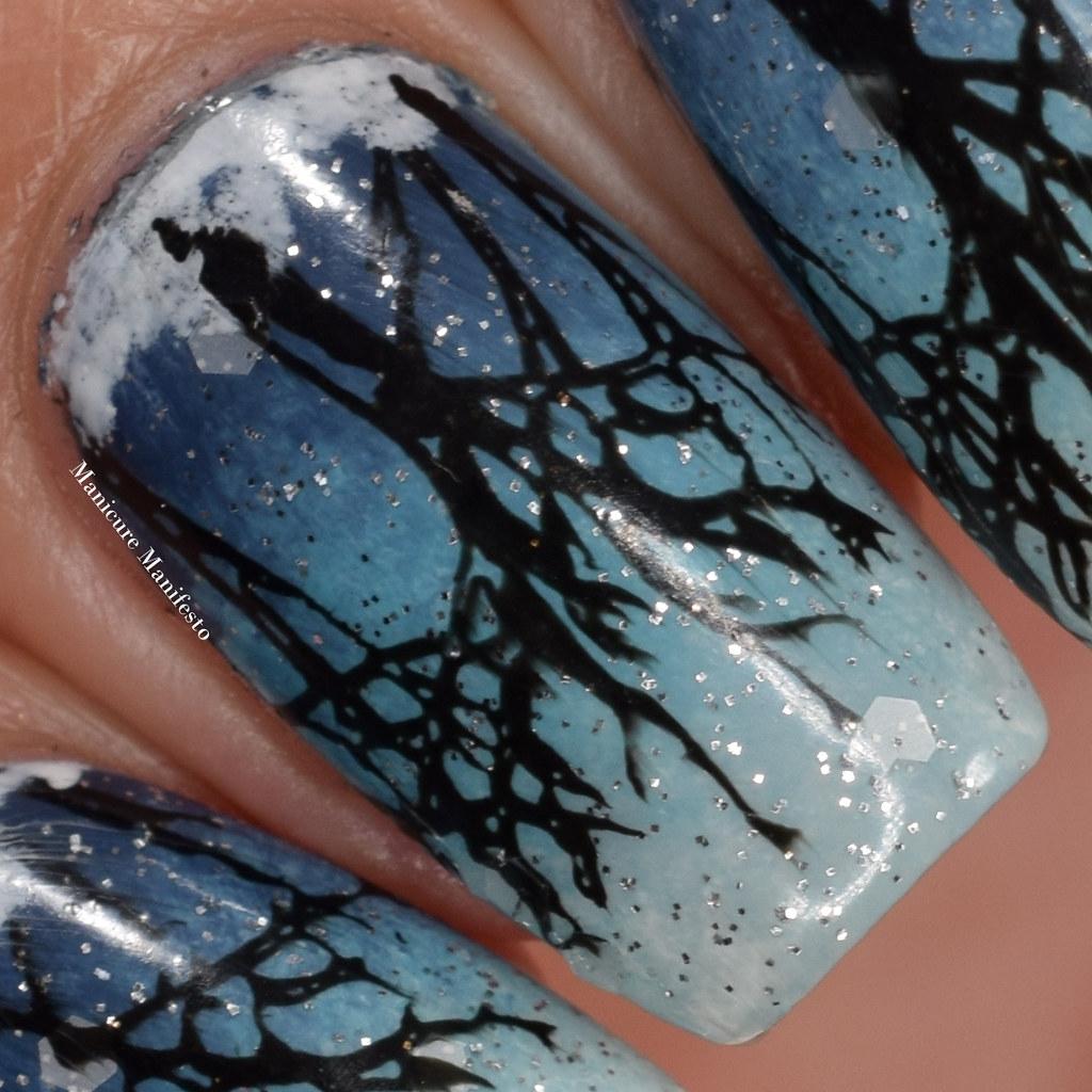 Snow nail art