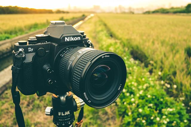 Nikon Df + 20-35mm F2.8D