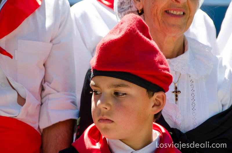 pueblos del macizo del Canigó vestimenta catalana en Amèlie-des-bains