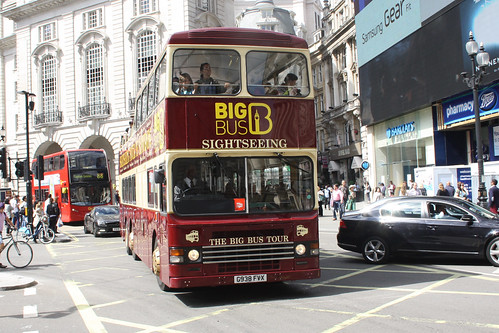 Big Bus Tour D938 G938FVX