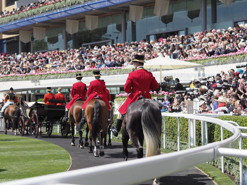 royalascot-royal_procession