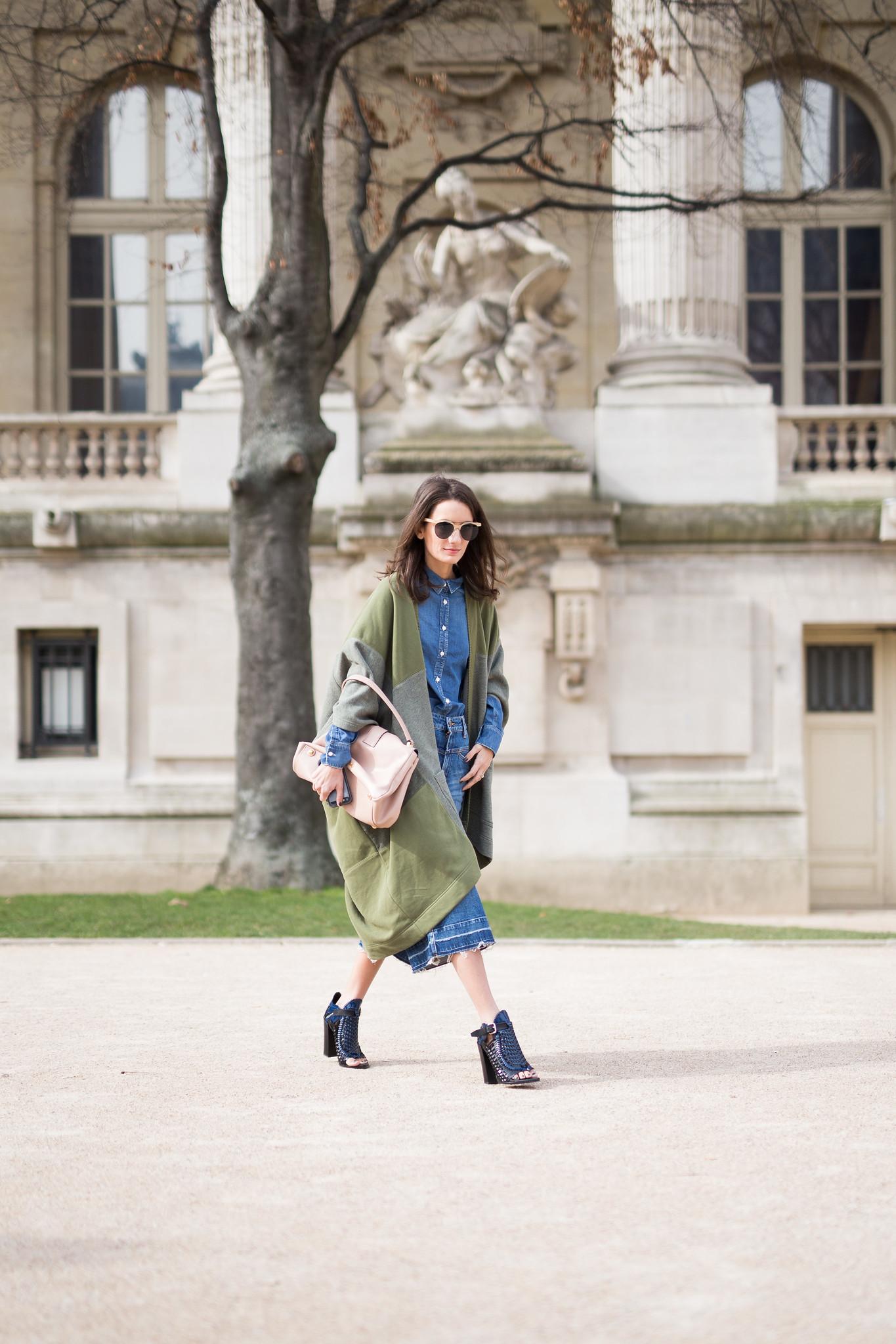 Chloe Fashion Week Paris F W