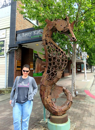Seahorse sculpture made of scrap iron
