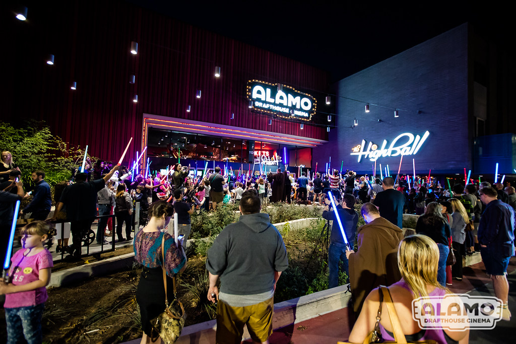 Carrie Fisher Lightsaber Vigil At Alamo Drafthouse South L Flickr