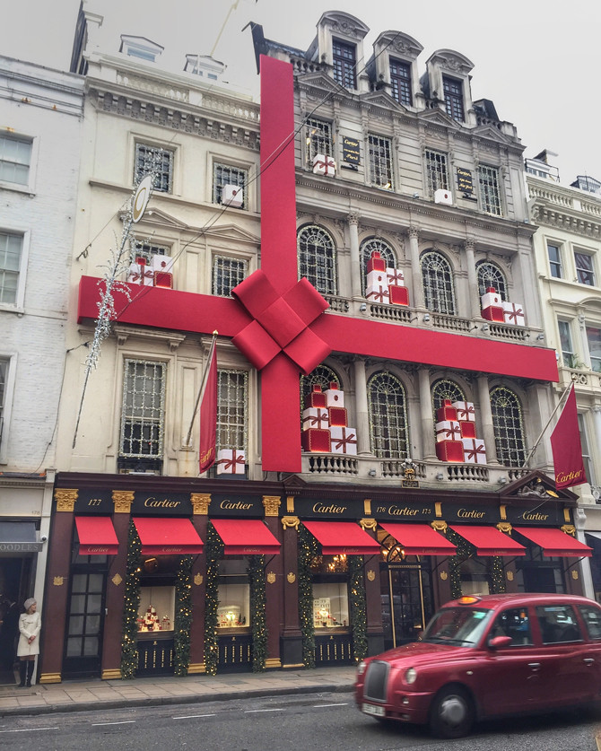 london englaned cartier christmas bow decorations bond street