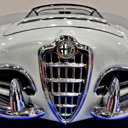 """Alfa Romeo Milano """"giulia Spider"""" -explore-"""