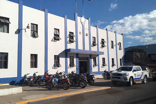 27 - Policia Nacional - Jarabacoa