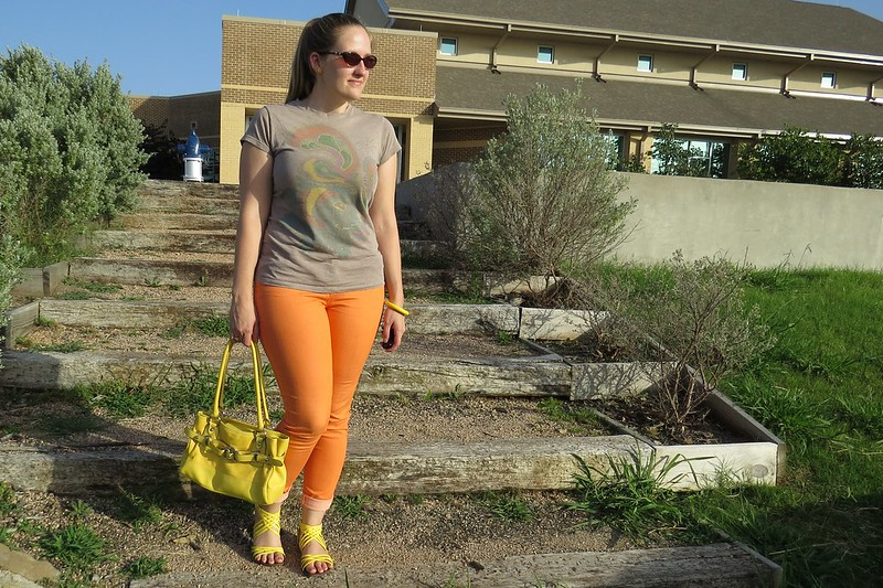 Thrift Style Thursday: Sunshine on My Shoulders