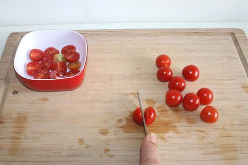 40 - Kirschtomaten halbieren / Half cherry tomatoes