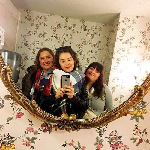 Can 39 T Stop With The Bathroom Selfies Usies Especially W Flickr