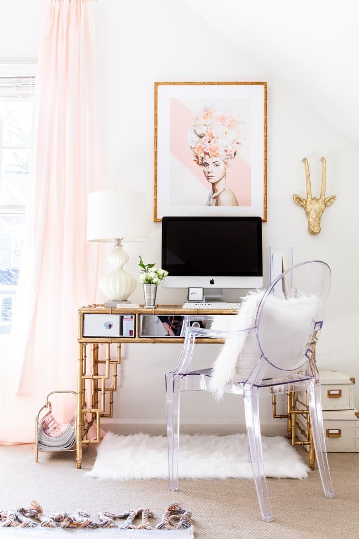 Pale Pink and Gold Girly Office Space | How to Subtly Decorate with the Color Pink