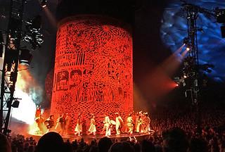 Cirque du Soleil - Luzia Red core