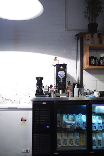 Flat White Coffee and Brunch in Melbourne: Machester Press (Rankins Lane)