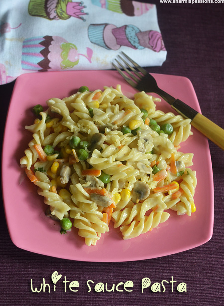 White Sauce Vegetable Pasta