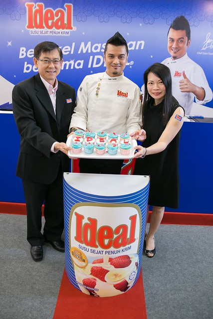 IDEAL Cooking Demo with MasterChef Dato' Fazley - Photo 1
