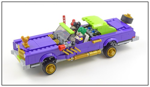 The LEGO Batman Movie 70906 The Joker Notorious Lowrider 11